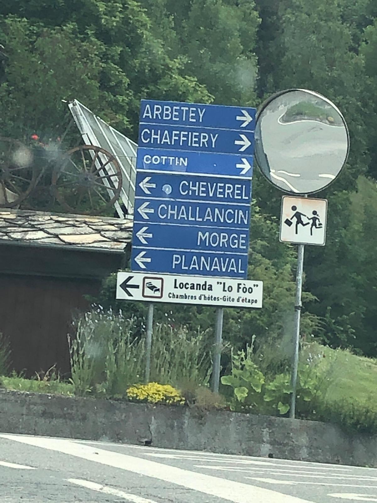 """5 - Andare a Sinistra, seguire la direzione del cartello """"Morge"""""""